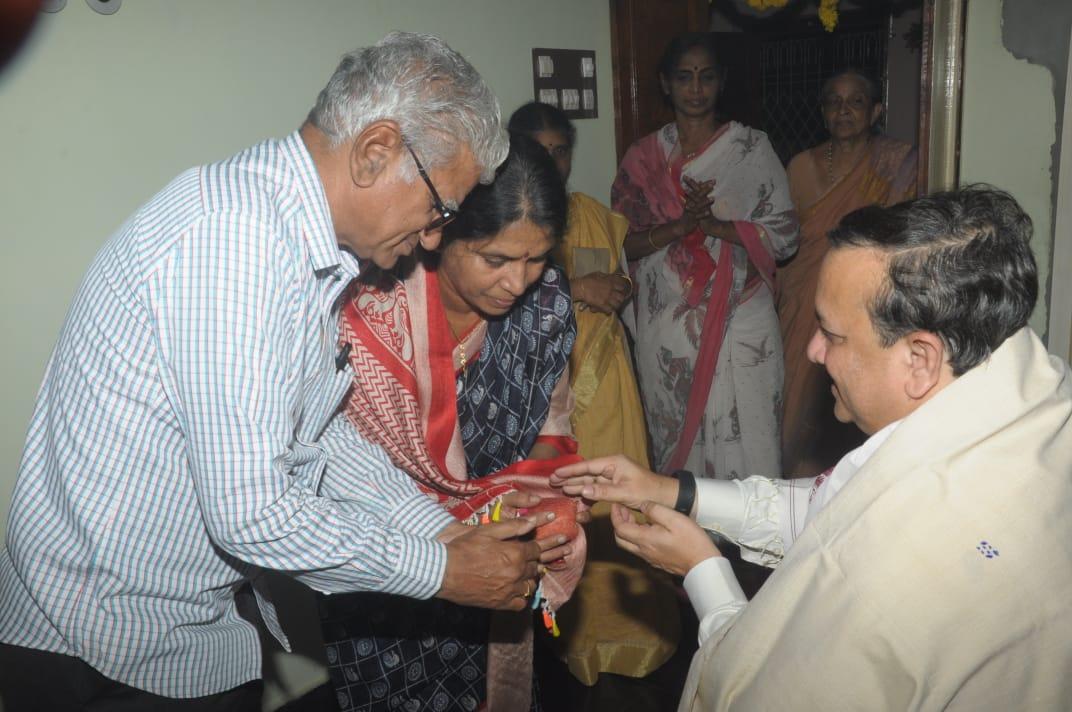 04-DrUmarAlisha-Aaradhana-VegesnaVijayaRamaraju-Bhimavaram-WG-AP-04012020