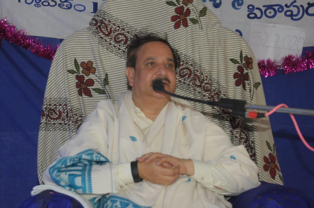 నవమ పీఠాధిపతి డాక్టర్ ఉమర్ ఆలీషా సద్గురువర్యులు అనుగ్రహభాషణ చేశారు