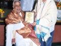 Sathguru Dr.Umar Alisha presenting memento to  Mr.Rani.Subayya dikshutulu
