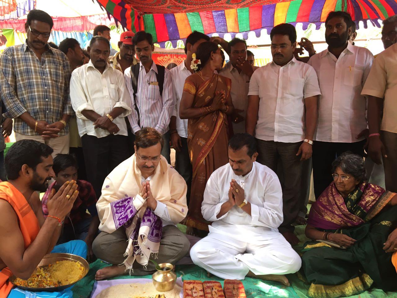 Sathguru Dr.Umar Alisha and sri Yanamala Krishnudu in Sanku sthapana  pooja for Vakadaripeta ashram in Karthika Masam Tour - Vakadaripeta, East Godavari, AP